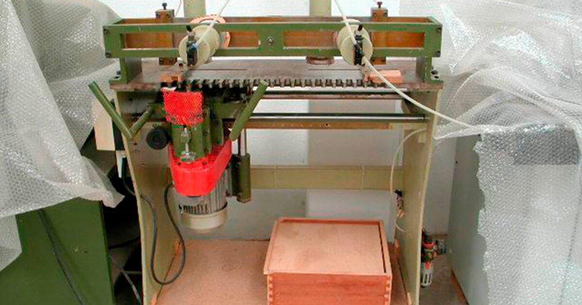 Enlazadora de cajones de segunda mano para madera a la venta en España