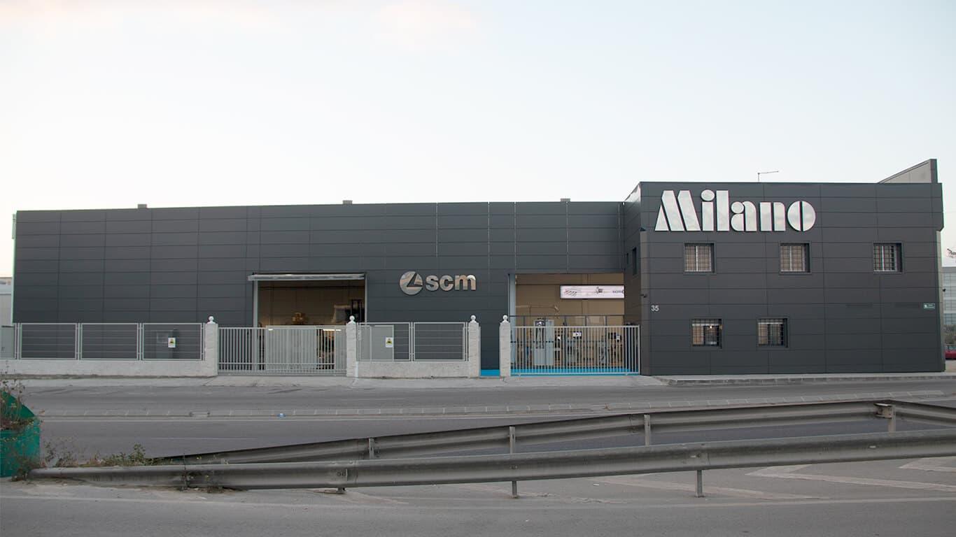 Instalaciones y equipo Técnico de Maquinaria para la madera Milano en España